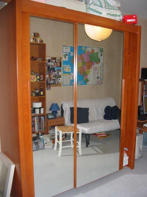 Armoires portes conforama armoire salle de bain conforama for Chambre quadra noisette